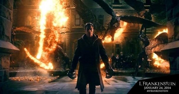 I Frankenstein Movie Still Aaron Eckhart winged Creature