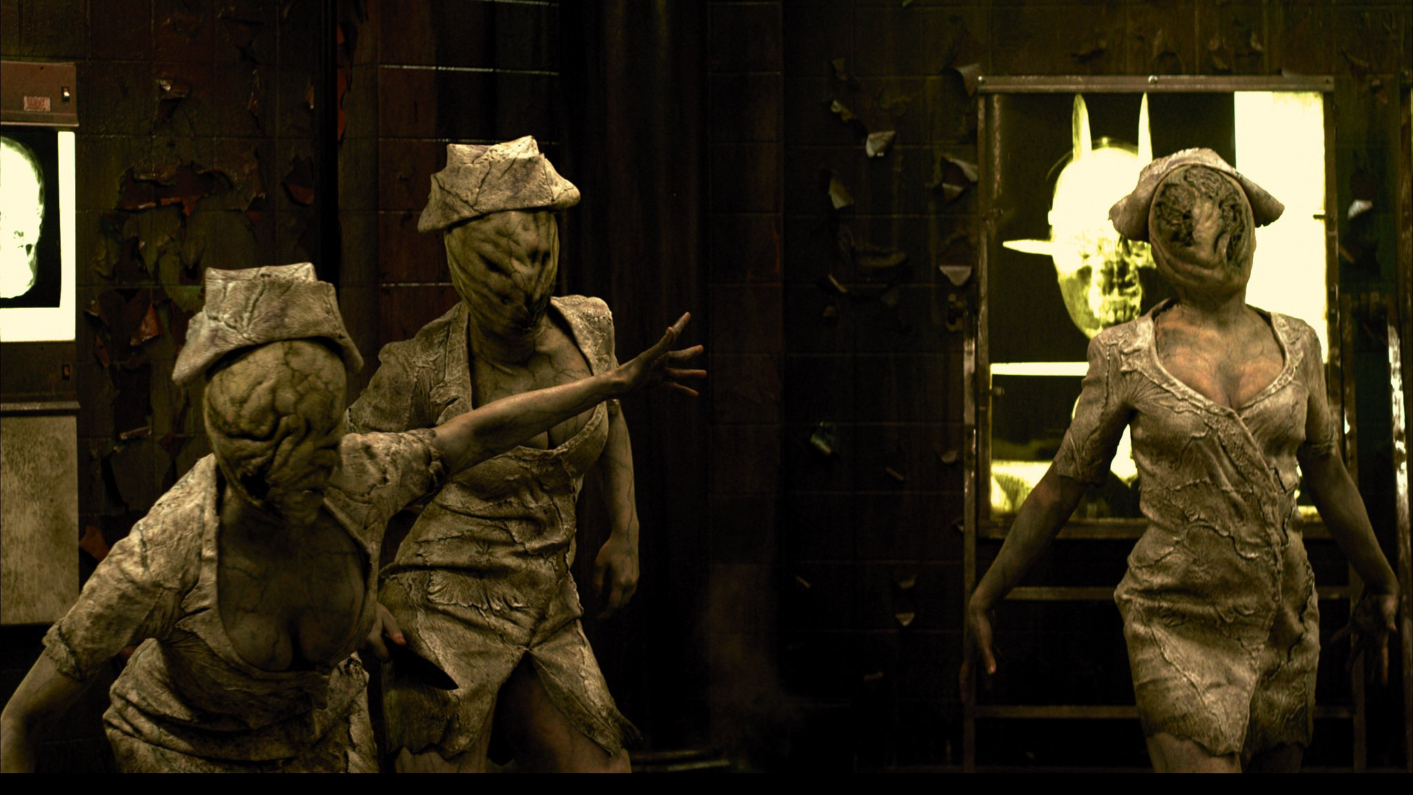Silent Hill Revelation 3D scary nurses