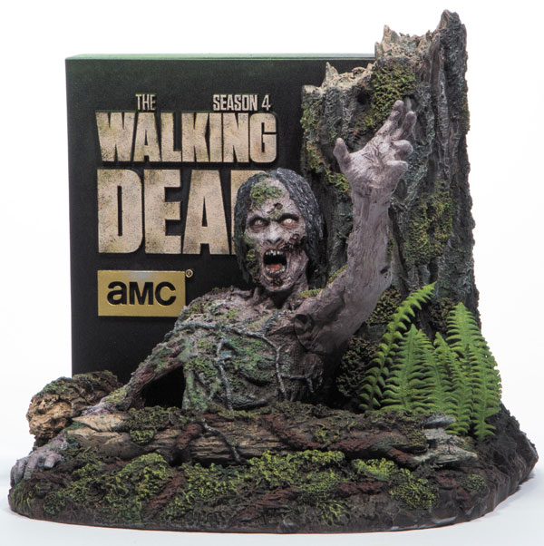 The Walking Dead Season 4 Collector Edition Blu-ray