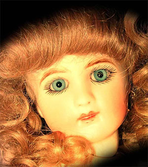 Amanda The Haunted Doll