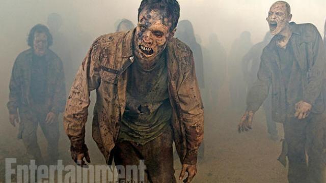 AMC THE WALKING DEAD Season 7 Teased in New Photos