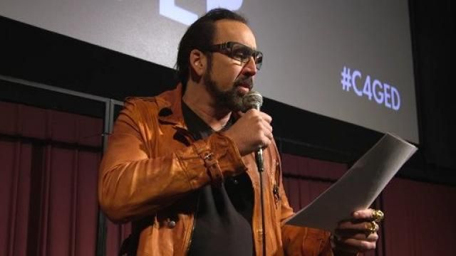 Nicolas Cage Live Reading of Edgar Allan Poes THE TELL-TALE HEART [Video]