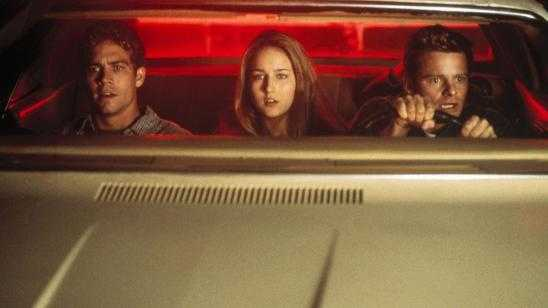 7 Horror Movies That Will Teach You to Never Drive at Night