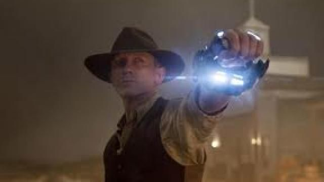 Cowboys and Aliens - Trailer HD