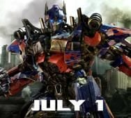 Michael Bay talks Transformers: Dark of the Moon