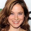 Caroline Dhavernas is Female Lead in Hannibal