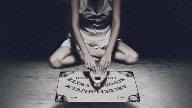 Ouija (2014) - UK Poster