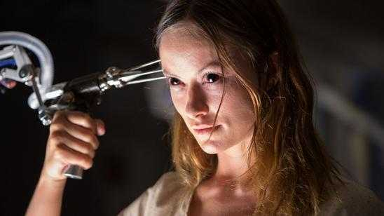 Scary Looking Olivia Wilde in Blumhouse Productions The Lazarus Effect Movie