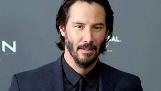 The Neon Demon Casts Keanu Reeves, Christina Hendricks Plus More