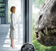 New Poster for 'Jurassic World' Tempts Faith Beautifully