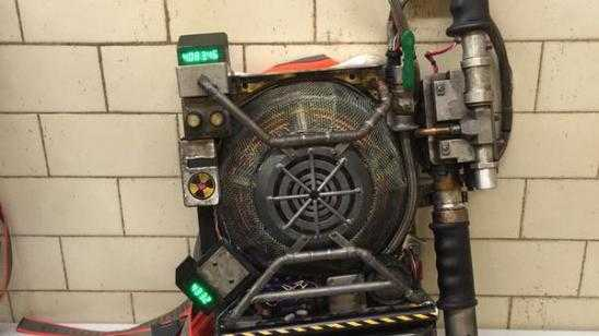 GHOSTBUSTERS Proton Pack Reveal