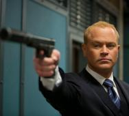 Neal McDonough Joins CW The Arrow as Villain Damien Darhk