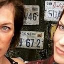 Resident Evil: The Final Chapter - Milla Jovovich / Ali Larter Set Photo