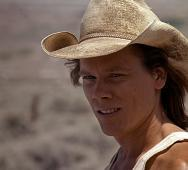 Kevin Bacon stars in New TREMORS TV Series