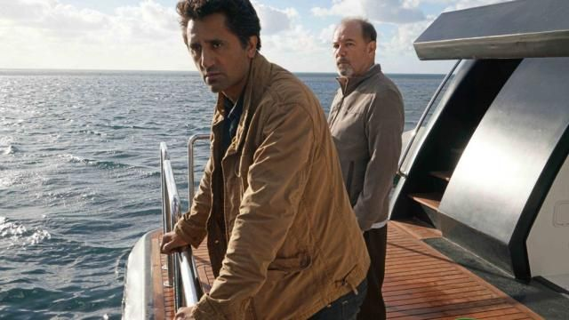 AMCs Fear the Walking Dead Season 2 Release Date / First Photo Still