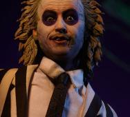 Sideshow Collectibles Sixth Scale Figure BEETLEJUICE