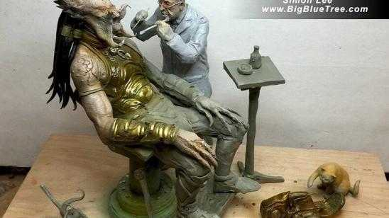 Awesome PREDATOR Sees the Dentist Statue