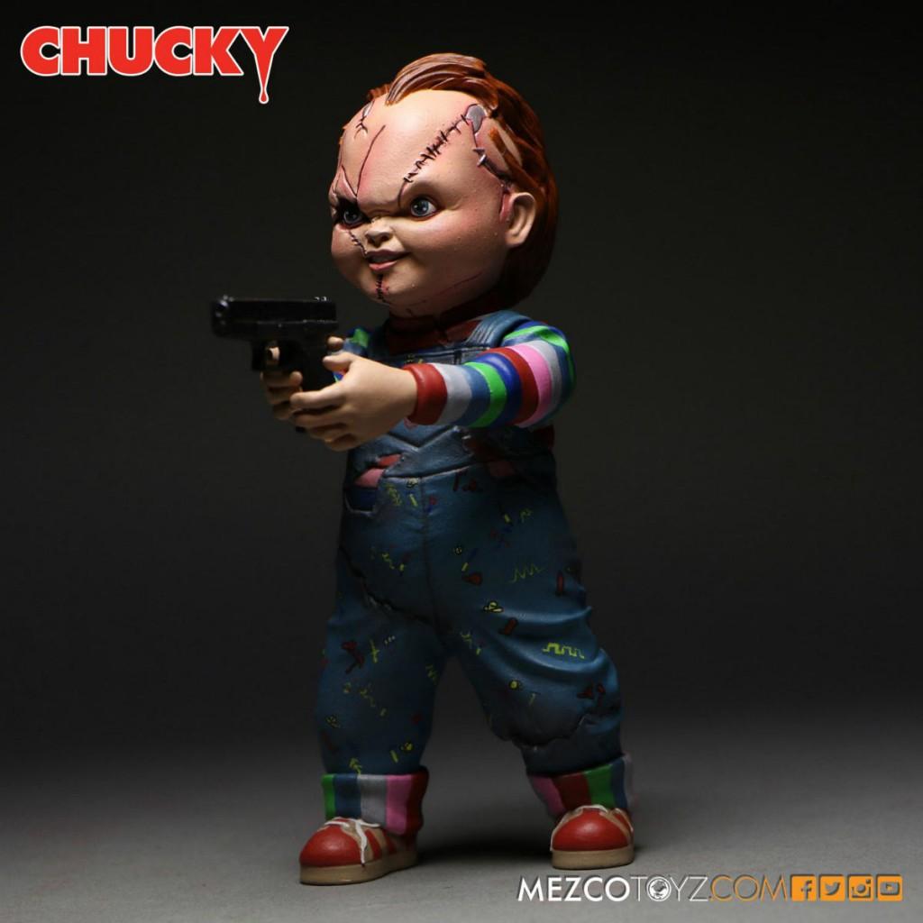 Chucky Mezco Action Figure 02