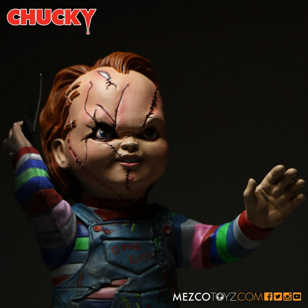 Chucky Mezco Action Figure 03