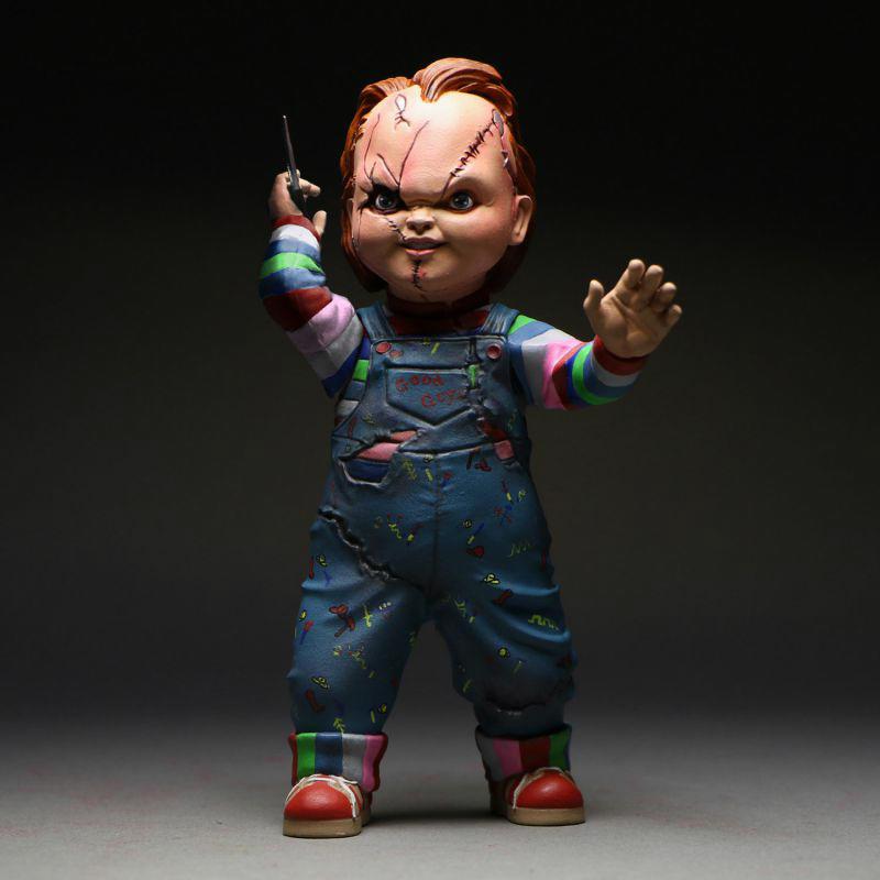 Chucky Mezco Action Figure 05