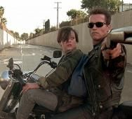 THE WALKING DEAD / THE TERMINATOR Theme Song Mashup [Video]