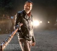 Negan and Lucille are the Focus in First Photo from THE WALKING DEAD Season 7