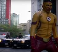 San Diego Comic-Con 2016: CW's THE FLASH Teaser Trailer