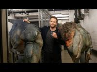 Dinosaur Scare Prank on Chris Pratt of Jurassic World
